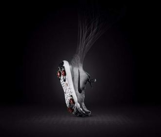 耐克高尔夫发布TW'15球鞋 创新FLYWEAVE科技