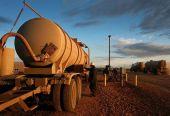 原油期货上市倒计时 将促国内成品油定价机制改革