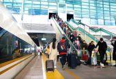 2018铁路春运全国发送旅客约3.82亿人次
