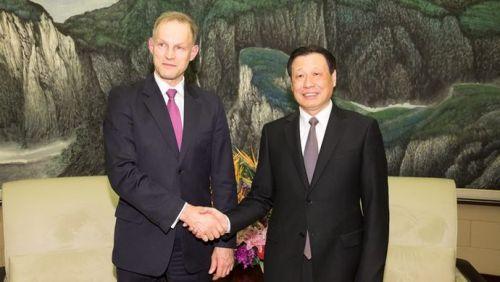 中国与这国友谊源远流长,上海在两国关系中发挥重要作用,应勇会见新任大使