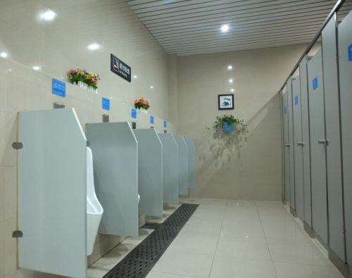 """高铁缙云西站在""""小厕所""""上下""""大力气"""",做""""大文章"""",让旅客""""方便""""更方便,享受高质量的出行服务。 沈继平 摄"""