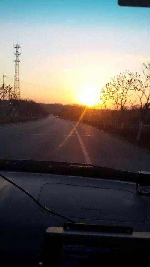夕阳西下,外路训练仍在继续