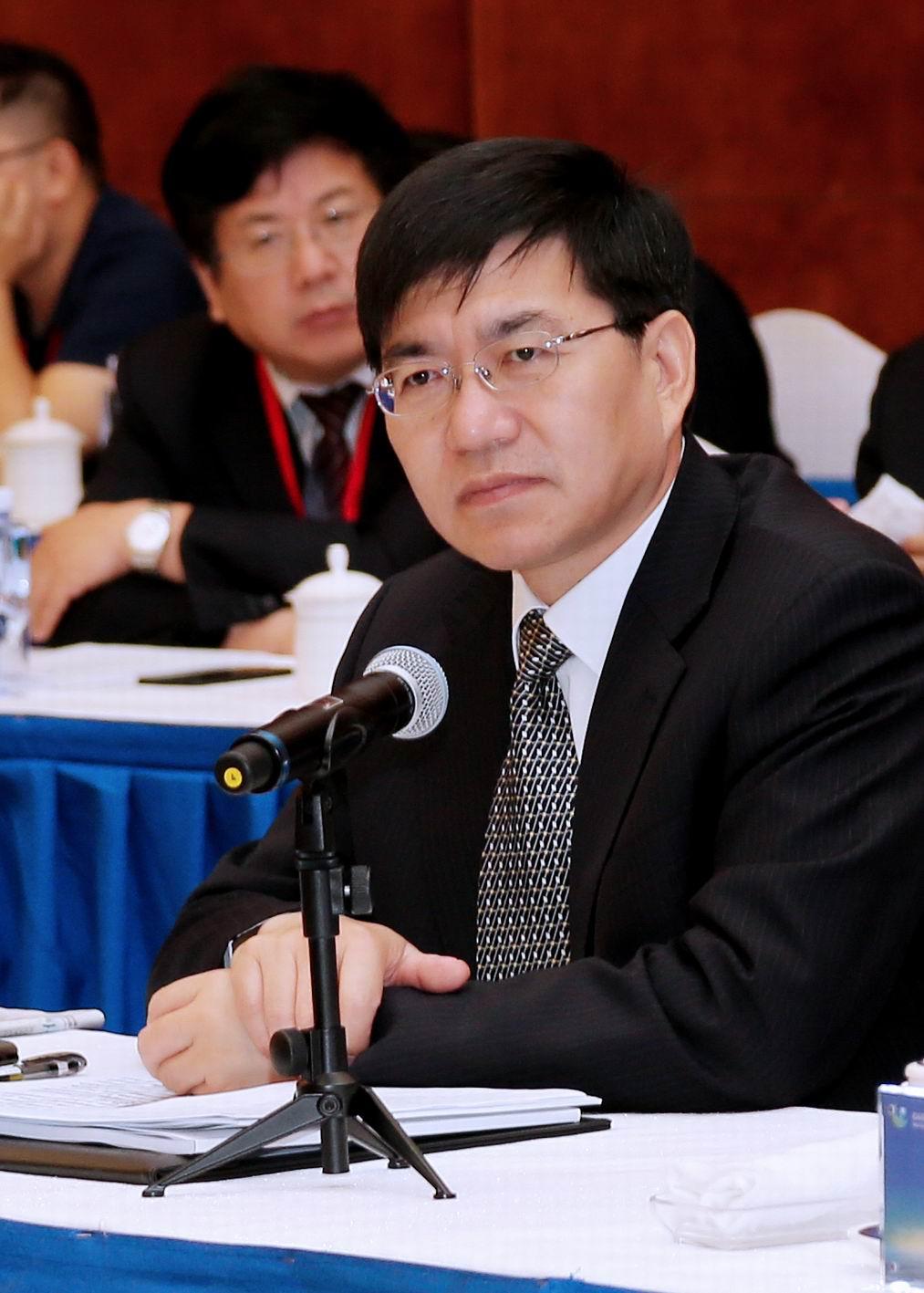 中共金华市委书记陈龙在在联席会上致辞。鲍筱兰摄