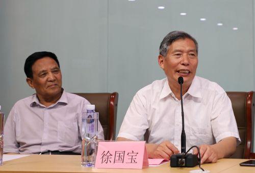 全国人大教科文卫委员会文化室副主任徐国宝在启动仪式上讲话