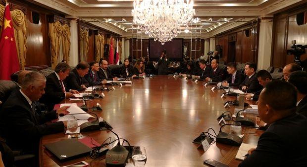 """协作互信,行稳致远——中国与巴拿马就共建""""21世纪海上丝绸之路""""达成新共识"""