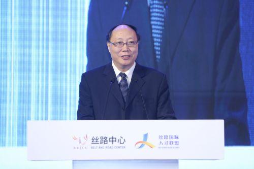 全国工商联党组成员、专职副主席王永庆