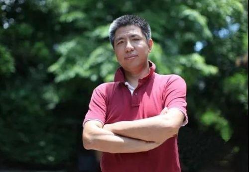 """2008年,""""笑哥""""结束北漂生涯,千里迢迢南下,来到宝岛海南安营扎寨,成为新岛民"""