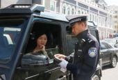 中秋我在岗 守护团圆路——哈市交警全力保障中秋期间道路交通秩序
