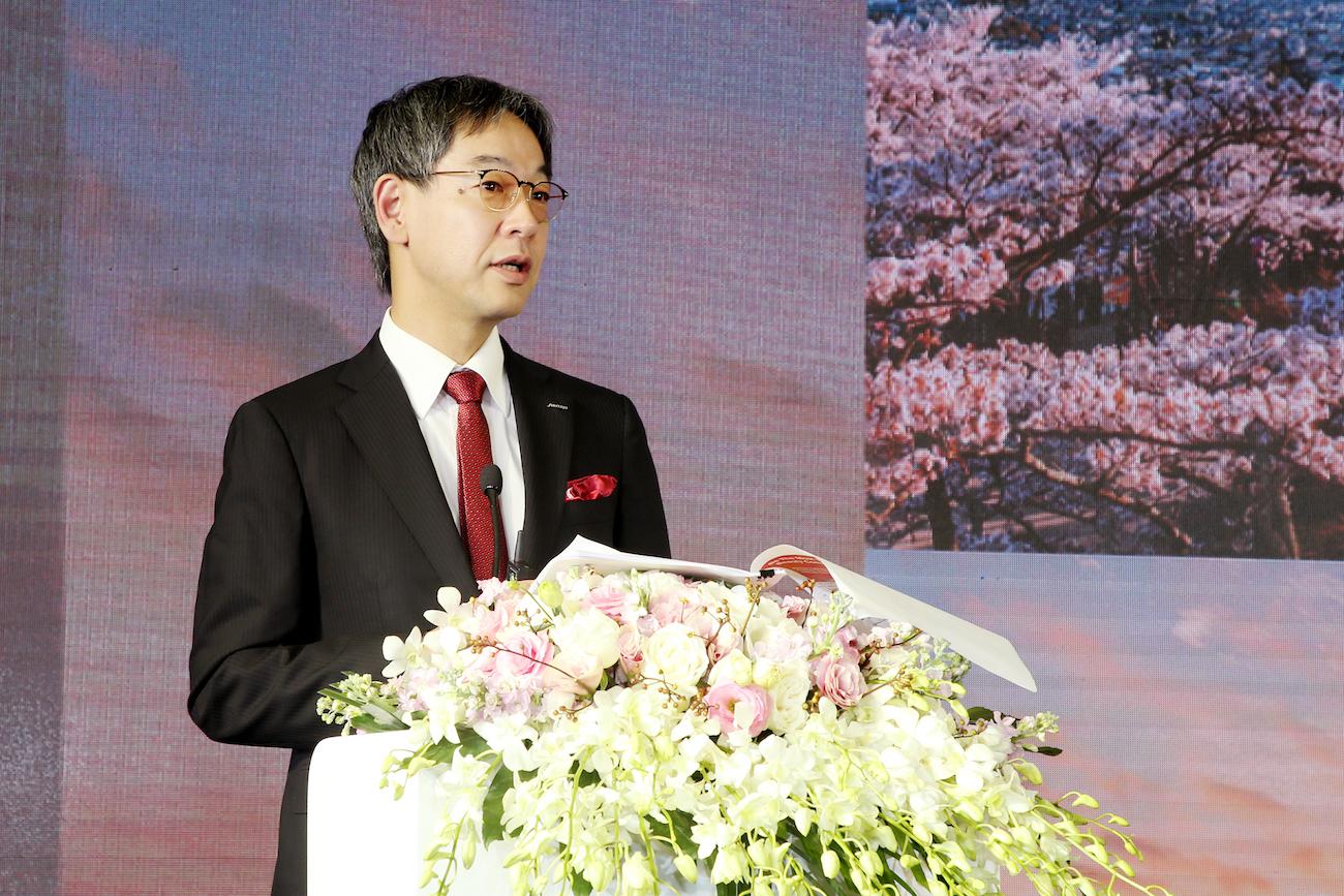 11月24日,资生堂中国总代表兼总经理藤原宪太郎说,将继续加强与中国合作伙伴紧密合作,计划明年在中国