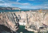 龙羊峡水电站31年首次蓄水达标