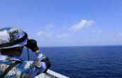 """惊险!中国海军万吨巨舰闯入亚丁湾""""海上狼窝"""""""