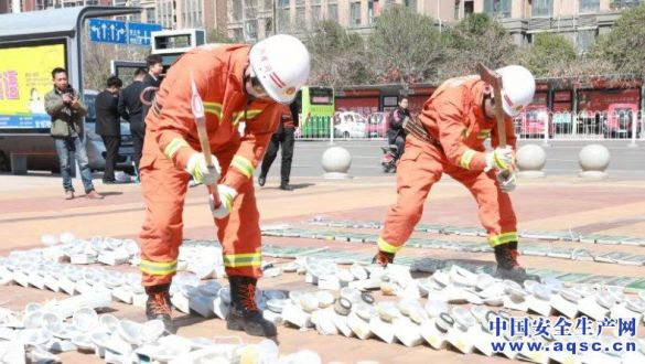 """河南许昌消防支队开展""""3.15""""消防产品专项检查和集中销毁行动"""