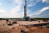 能源专家:美国页岩油气开发加剧国际油价波动