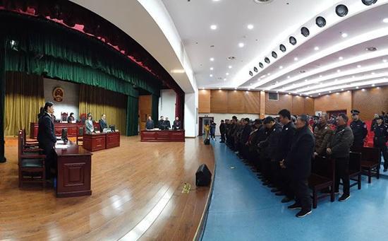 长江流域首例非法捕捞水产品大案宣判 53名被告获刑