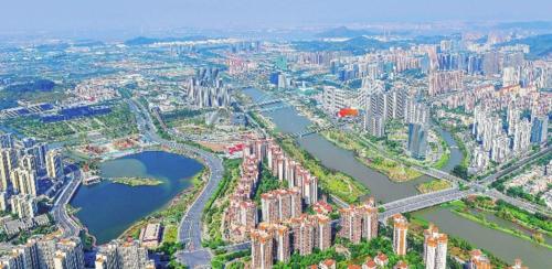 南沙新区正加快建设,图为广州南沙蕉门河中心区。刘远华/摄