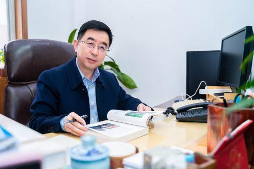 连玉明北京市哲学社会科学京津冀协同发展研究基地首席专家