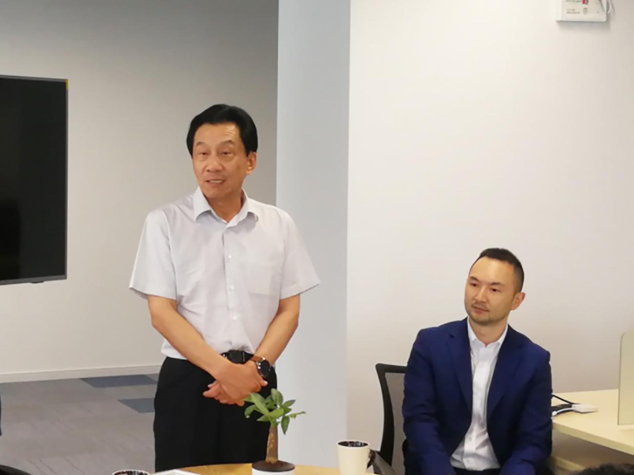 中国电子商会会长王宁对委员会提出了下一步工作任务与要求,并呼吁各单位企业和委员会一起,为打造跨境电商