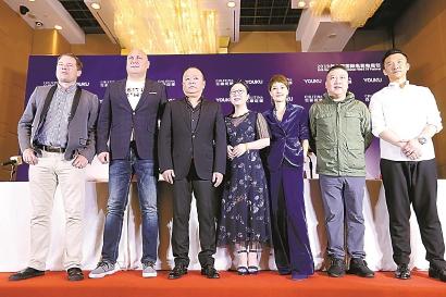 上海电视节白玉兰奖评委集体亮相