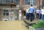 双清警方逆水而行奋战在抗洪抢险第一线