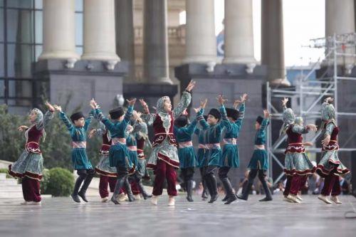 """第四届""""红海滩杯""""大连国际青少年文化艺术交流周1"""