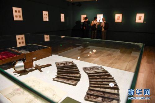 """(文化)(3)""""摄影180年在中国""""展览在银川开幕"""