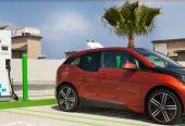 2025年前后新能源汽车取代燃油车将出现拐点,2030年电动汽车保有量达8000万辆