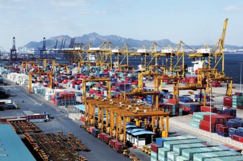 大连大窑湾保税港区。本版图片均由大连金普新区管委会提供