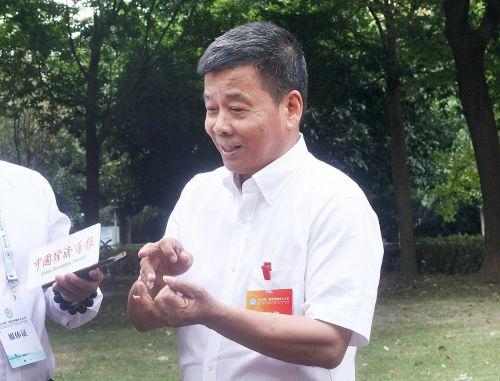 郭胜华接受中国经济导报记者采访。沈继平 摄