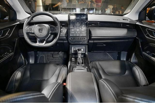 中型SUV市场再添一亲民汽车 纳智捷URX正式亮相
