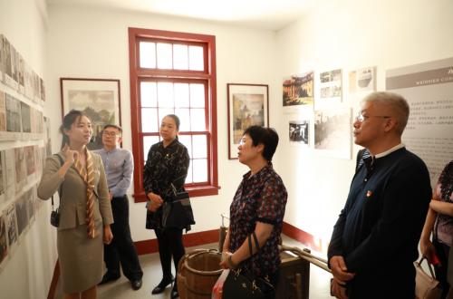 潍坊市价格认证中心参观爱国主义教育基地 接受爱国主义教育