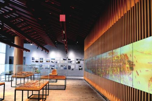 岁月遗珍:通过具有代表性和历史性的建筑模型,从不同层面展示出奉贤的历史底蕴,承载着浓郁乡情和岁月记忆的展区。