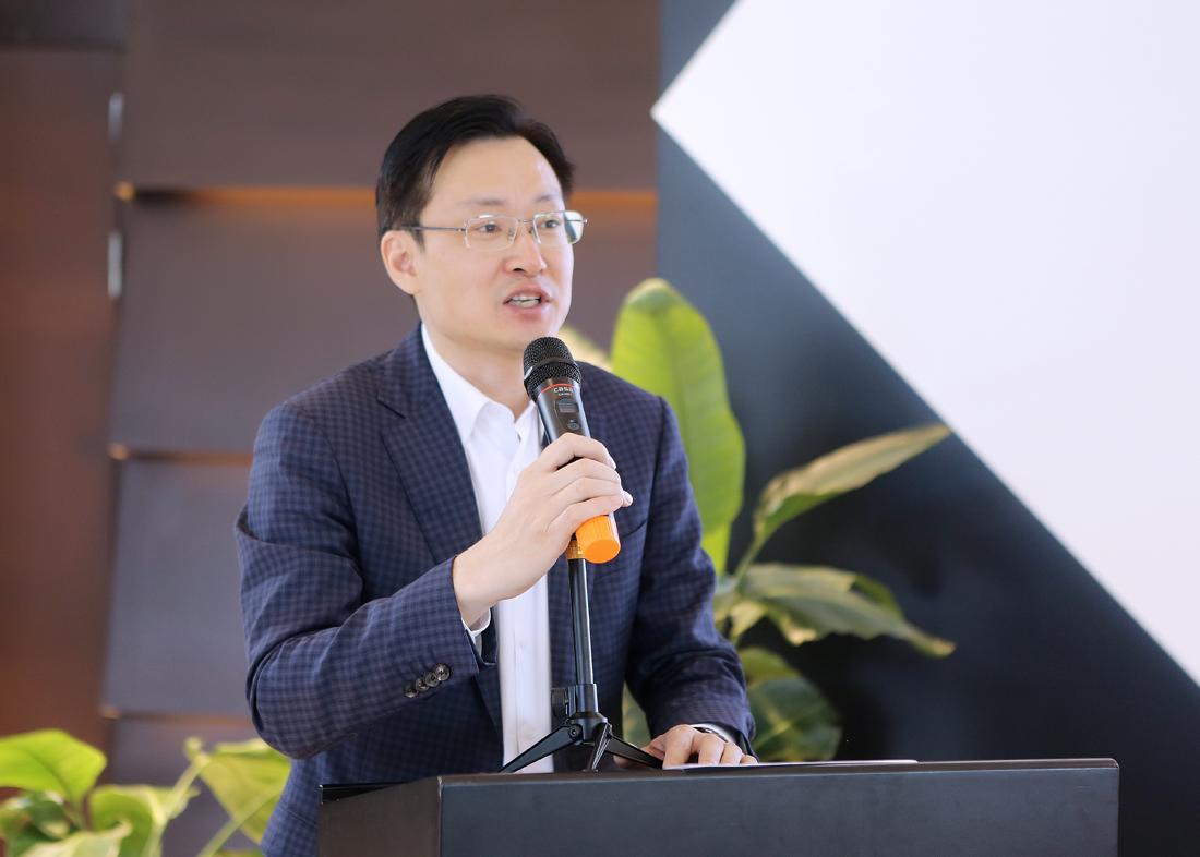 领导致辞:上海虹桥国际进口商品展销有限公司总经理   蔡军