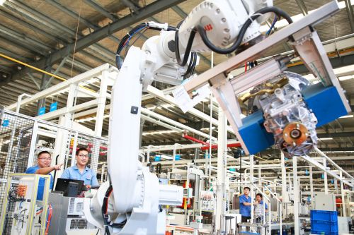 智能化助力婺城民营经济高端装备制造。