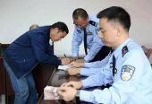 四川绵阳养殖户125头生猪被人骗走,警方跨省抓嫌犯追回赃款