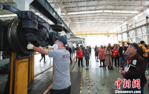 京港地鐵4號線擬增早晚高峰臨客數、縮短發車間隔