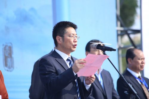 武义县委书记姚激扬致辞(江红滨 摄)