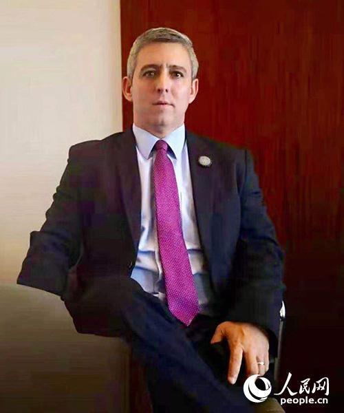 古巴通信部长豪尔赫·路易斯·皮尔多莫(Jorge Luis Perdomo)。