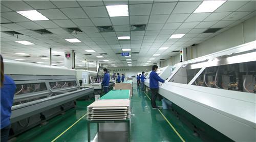 重庆凯歌电子股份有限公司电子线路板打孔车间_副本
