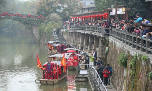 游埠溪上的水上婚礼