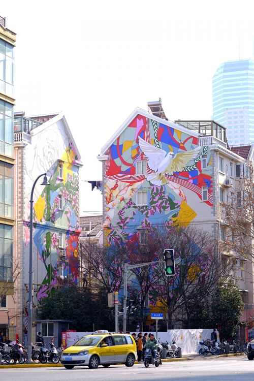 上海长宁首个住宅山墙壁画项目揭