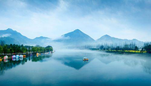 开化地处浙皖赣三省七县交界,是浙江省母亲河钱塘江的源头。