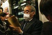 """日本人最担心的一幕出现:""""钻石公主号""""500名乘客被允许下船,利用公共交通回家"""