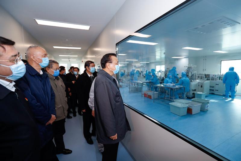 李克强专程到北京海淀督战口罩生产