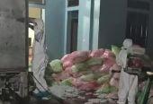 惊人!越南警方在一男子家中发现620公斤废旧口罩