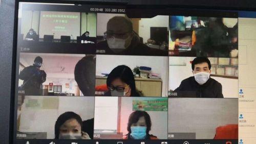 中国电信上海公司发挥云资源优势,整合云主机、数据库、云桌面、综合办公、云会议、云盘等多项云业务和云服务,为中小企业实现快速部署、安全可信的企业上云服务。