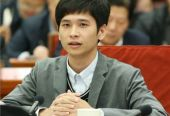 90后CEO王銳旭擺攤記:大學生創業可以先從擺攤開始
