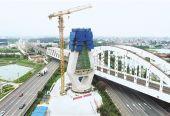 国内首次应用高铁裸塔转体技术