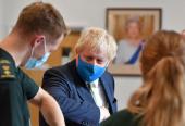英国首相称本周将就是否强制顾客在商店佩戴口罩作出决定