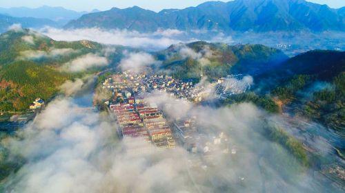 秀美怡人丽新畲族乡。