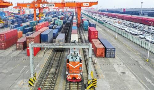 图为成都国际铁路港。资料图片